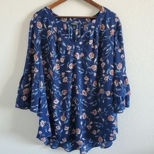 Roz & Ali Floral 3/4 Bell Sleeve Top